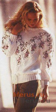 Пуловер с вышитой кокеткой, отделанной «шишечками» размер 38-40